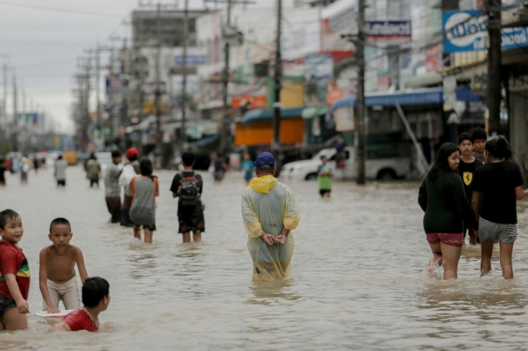 Heavy rains continued to batter Thailand's flood-ravaged south on Saturday [Reuters]