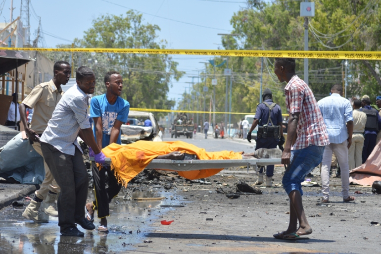 The explosion occurred at lunchtime at a restaurant near government ministries [Abdirizak Mohamud Tuuryare/Al Jazeera]