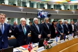 EU foreign ministers and officials observe a minute of silence in respect for the victims of Khan Sheikhoun attack during a conference on the future of Syria in Brussels [Francois Lenoir/Reuters]