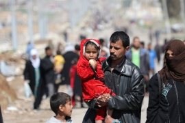 ISIL reportedly killed dozens of civilians attempting to flee Mosul last week [Andres Martinez Casares/Reuters]