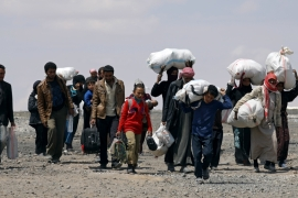 The UN says at least 23,544 people have been displaced on May 18-22 owing to the fighting in Raqqa [Rodi Said/Reuters]