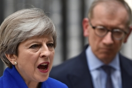 Theresa May to form minority UK government
