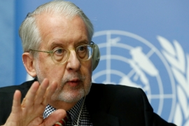 Paulo Pinheiro, head of a UN probe, expressed concern at the Human Rights Council over the civilian death toll [File: Reuters]