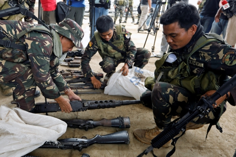The military has been unable to retake the besieged areas of Marawi as a result of snipers and booby traps [Reuters]