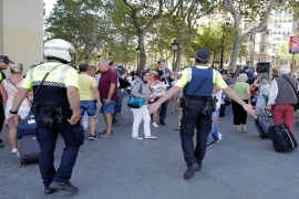Van crashes into dozens of people in Barcelona