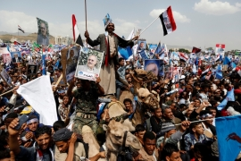 Yemen's Saleh stages mass rally amid Houthi rift