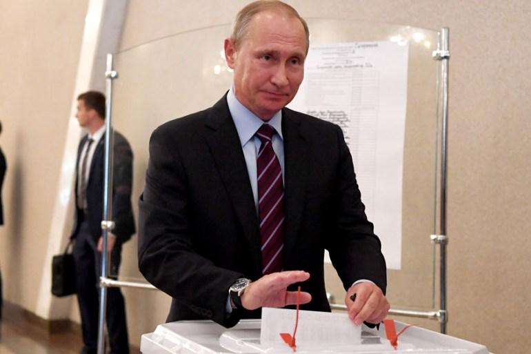 Political Uber Versus Vladimir Putin S Party Russia Al Jazeera