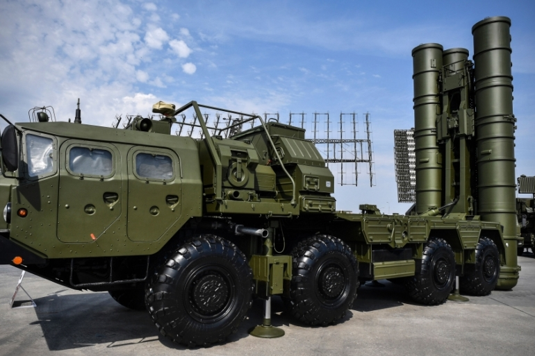 The S-400 anti-aircraft missile launching system seen at a display [A Nemenov/AFP/Getty Images]