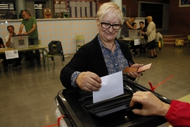 Up to 1,300 of 2,315 designated voting stations have been reportedly closed by Spanish police [AP]
