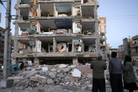 Iran-Iraq quake: 'A sudden wave of death'