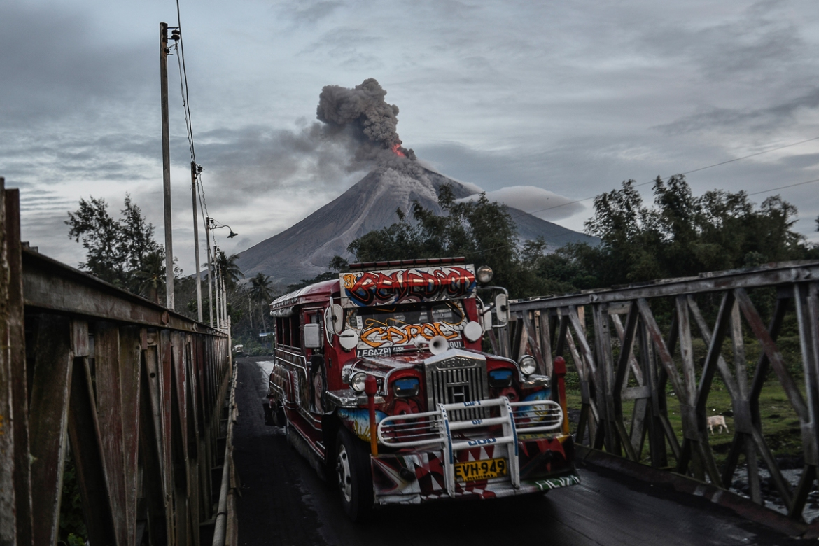 Some 56 flights were cancelled because of the eruption. [Ezra Acayan/Al Jazeera]