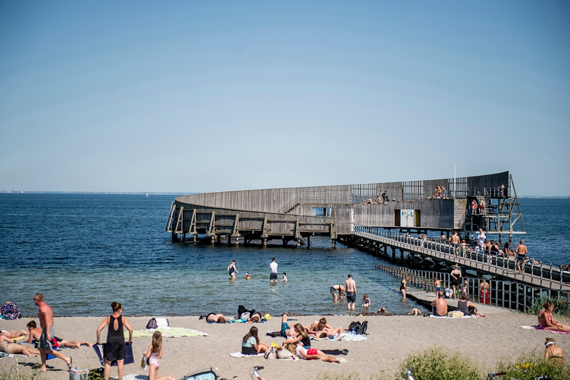 Fine weather in Kastrup, Copenhagen, Denmark. The average temperature in the country was 15C, beating the 1889 record of 13.8C. [Mads Claus Rasmussen/EEPA]