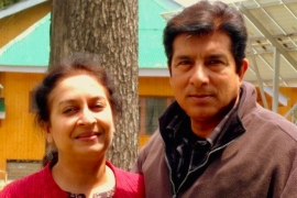 Surabhi Jamal, who is of Hindu background, and 55-year-old Muslim Parvez Jamal say there was no Hindu-Muslim binary between them or their families [Courtesy of the Jamal family]