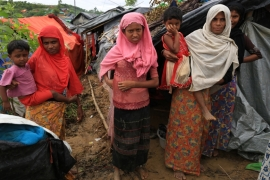 An estimated 600,000 Rohingya refugees have fled violence into Bangladesh [Showkat Shafi/Al Jazeera]