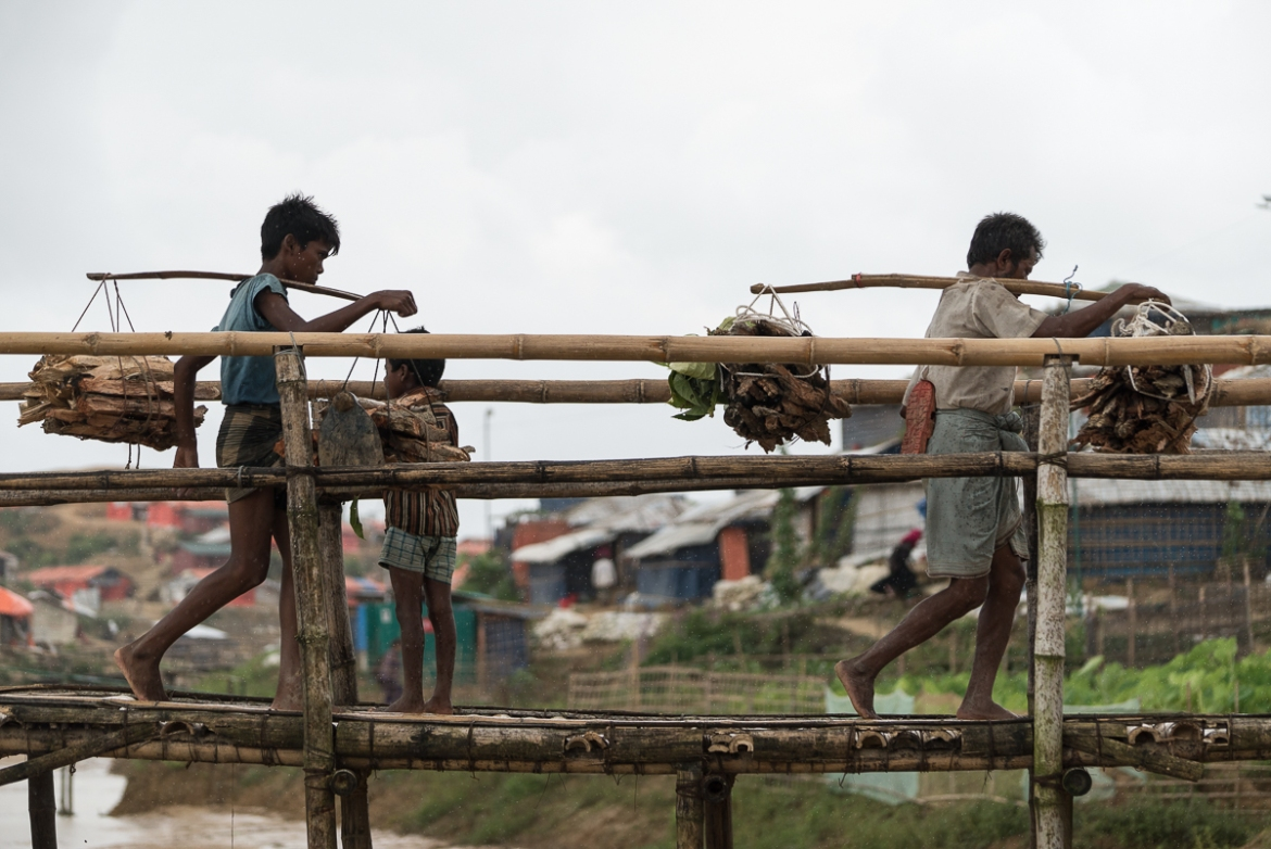 Rohingya refugees walk up to 8km every time they venture into the forests surrounding the camps to collect firewood.  [Sorin Furcoi/Al Jazeera]