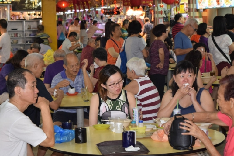 Hawker centres remain hugely popular in Singapore, which is trying to secure them UNESCO recognition [Tom Benner/Al Jazeera]