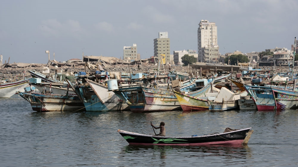 Yemen: Saudi coalition cleans four fuel vessels to dock at Hodeidah |  Conflict News
