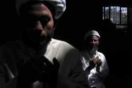 Muslims pray at a mosque in Aksu, Xinjiang Uighur Autonomous Region, China August 3, 2012 [Reuters]