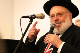 Rabbi Walter Rothschild is one of several British Jews who have claimed their right to German citizenship [Veronica Zaragovia/Al Jazeera]
