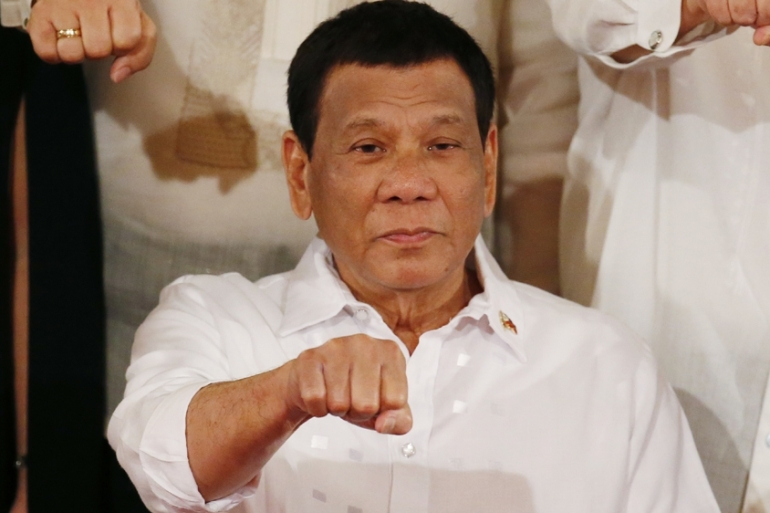 Duterte, <b> No, you can&#8217;t get jailed for refusing to get vaccinated </b>