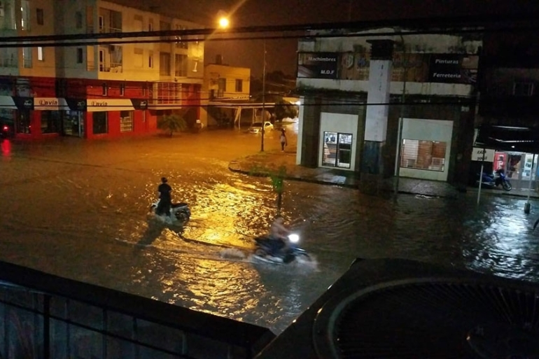 Torrential rain triggers flooding in northern Argentina as severe thunderstorms rage [Joaquin Sole]