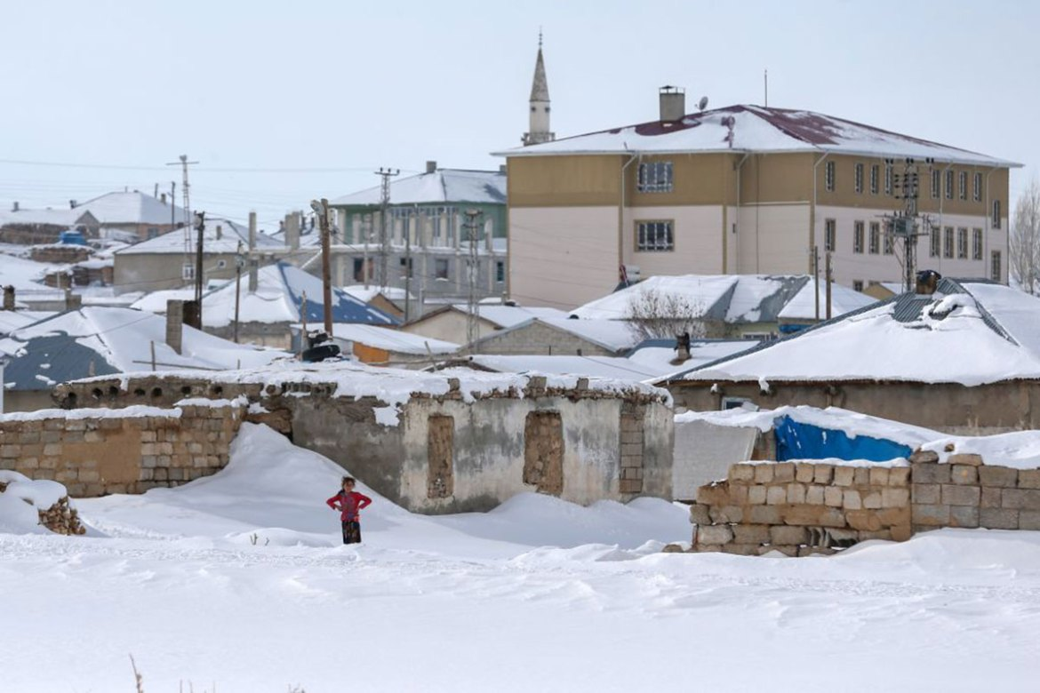 Many parts of Turkey were paralysed by the heavy snow. [Ozkan Bilgin/Getty Images]