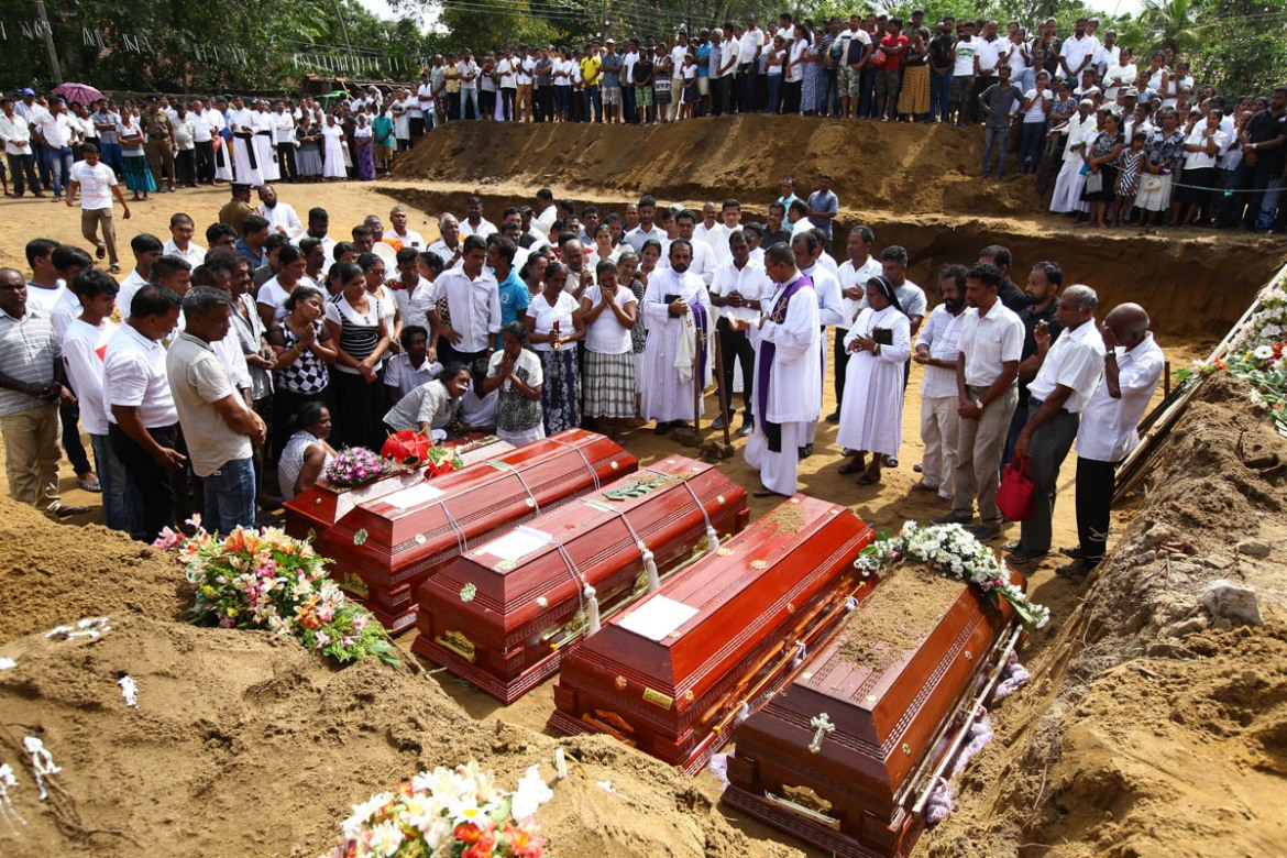 Tuesday was a day of mourning across Sri Lanka as the first funerals began. [Chamila Karunarathne/Anadolu]