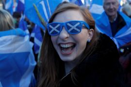 'All Under One Banner' pro-independence protesters take part in a march and rally in Edinburgh, Scotland October 6, 2018 [Russel Cheyne/Reuters]