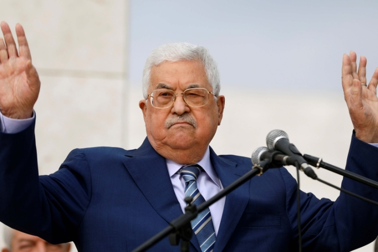 Palestinian President Mahmoud Abbas has faced increasing pressure to step down [File: Reuters/Mohamad Torokman]