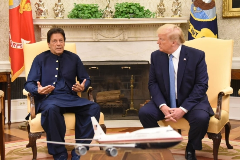 US President Donald Trump and Pakistanti Prime Minister Imran Khan discussed regional security issues and economic support during their White House meeting [Anadolu Agency]