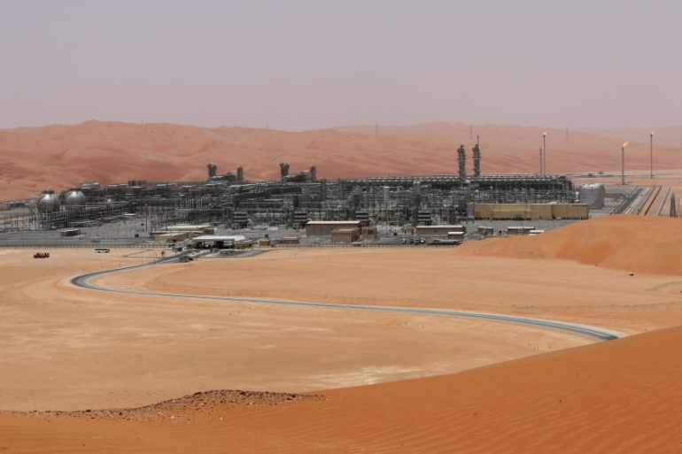 Saudi Arabia's Shaybah oil field, the target of a drone attack by Yemen's Houthi rebels on Saturday [File: Ahmed Jadallah/Reuters]