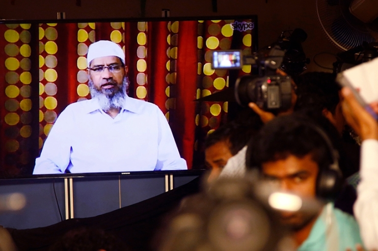 Mahathir said that Naik could not be sent back to India for 'fear of being killed' [File: Rajanish Kakade/AP Photo]