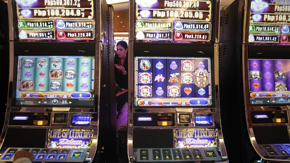 Duterte rejects China's call to ban Philippine online gambling | Rodrigo  Duterte News | Al Jazeera