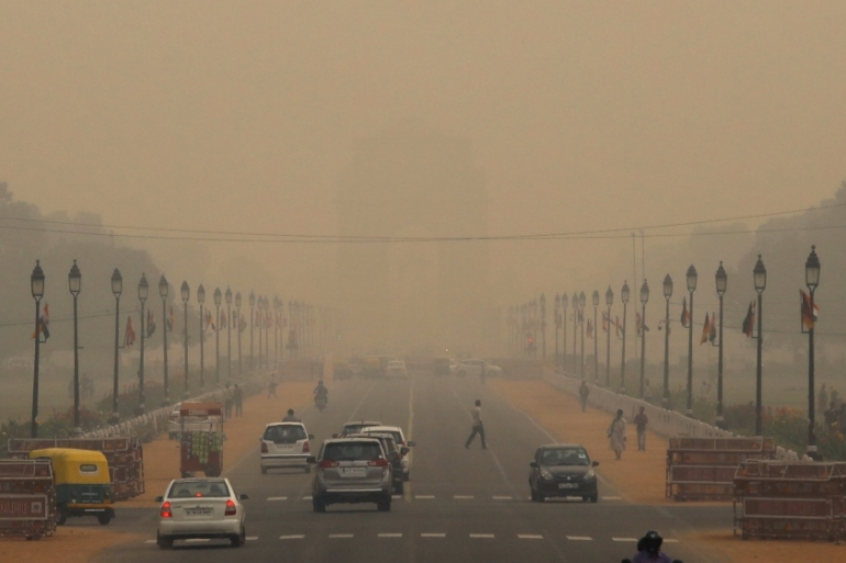 New Delhi pollution prompts call to shut schools, sporting events   India  News   Al Jazeera