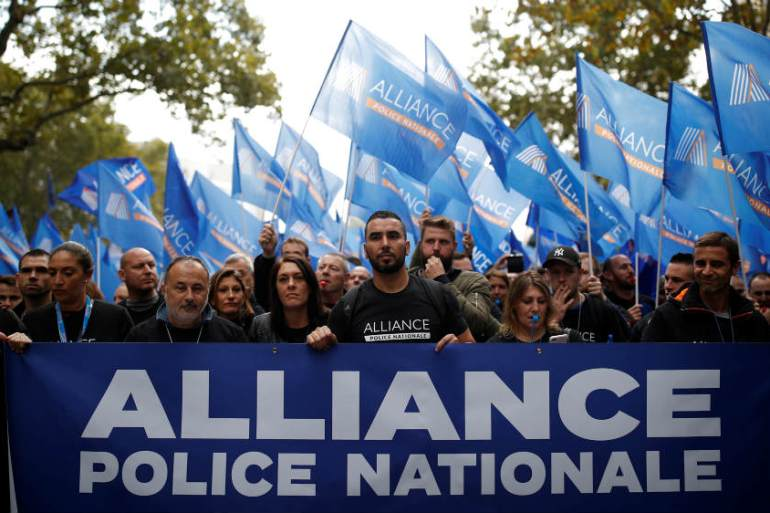 French police are frustrated by what they see as a lack of support for officers [Christian Hartmann/Reuters]