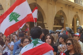 Who can lead Lebanon out of political crisis?