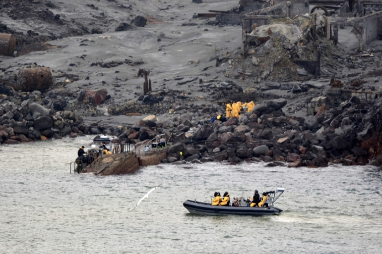 New Zealand Defence Force elite soldiers take part in a mission to retrieve bodies from Whakaari island after the December 9 volcanic eruption that killed at least 16 people [New Zealand Defence Force via AFP]