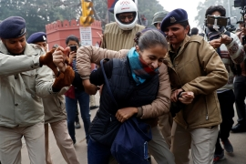 Several killed, hundreds held in India citizenship law protests
