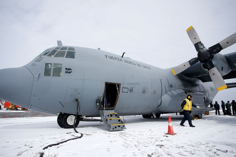 Picture taken in January 2019 at Chile''s Antarctic base President Eduardo Frei, in Antarctica, showing a Chilean Air Force C-130 Hercules cargo plane as the one that disappeared in the sea between the southern tip of South America and Antarctica [File: Javier Torres/AFP]