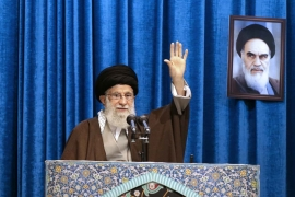 Supreme Leader Ali Hosseini Khamenei delivered a sermon during Friday prayers at Imam Khomeini Grand Mosque in Tehran on January 17, 2020 [Office of the Iranian Supreme Leader via AP]