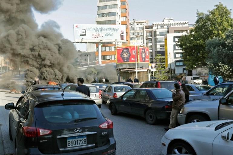 Protesters Block Roads In Lebanon As Anti Gov T Rallies Resume Middle East Al Jazeera