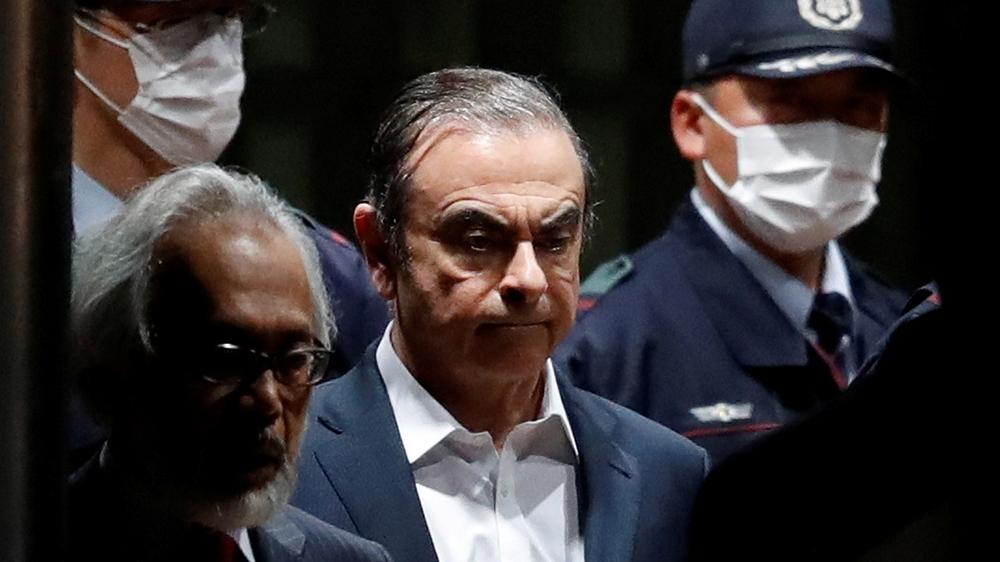 www.aljazeera.com: Turkey sentences pilots, airline official over Ghosn escape