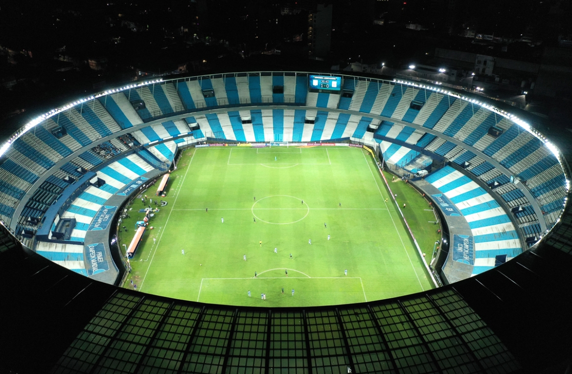 Peru's Alianza Lima and Argentina's Racing Club play a Copa Libertadores football match at an empty Presidente Peron stadium in Buenos Aires as part of the government's measures to contain transmission of the coronavirus. [Gustavo Garello/AP Photo]