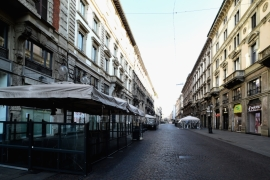 Italy is in the middle of a nationwide lockdown to control the spread of coronavirus [Pier Marco Tacca/Anadolu]