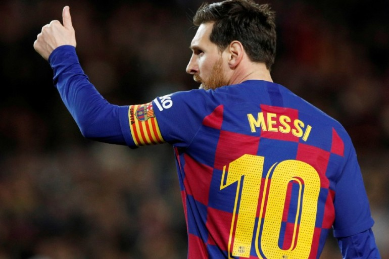 Didn T Deserve To Be Kicked Out Messi Laments Suarez Departure Spain Al Jazeera