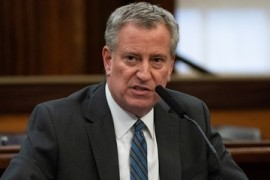 New York mayor blames Trump for medical shortages