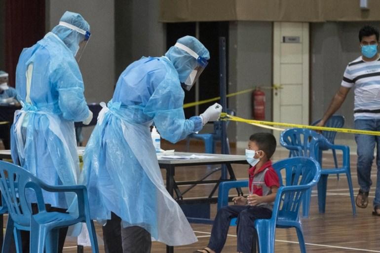 Fear keeps refugees in Malaysia at home amid coronavirus lockdown | Malaysia | Al Jazeera