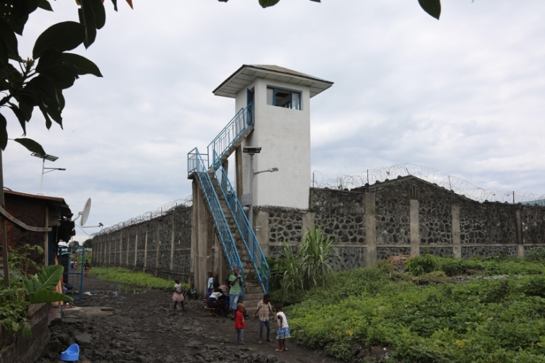 Goma's Muzenze prison was built for 150 prisoners but contains more than 2000 [Peter Yeung/Al Jazeera]