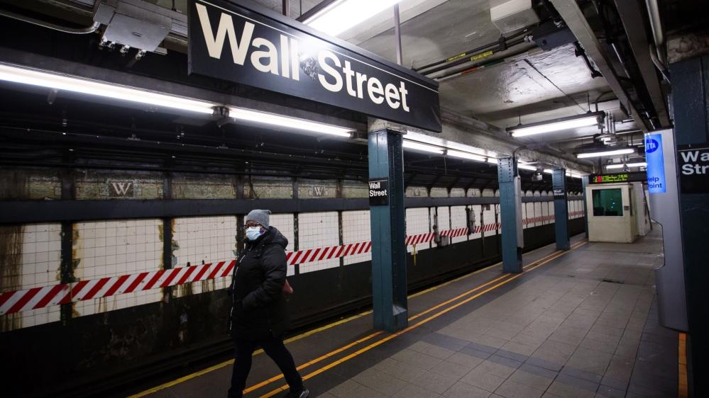 Wall Street stumbles on halted COVID vaccines, US stimulus delays thumbnail