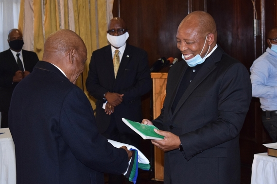 Thomas Thabane, left, with newly appointed Prime Minister Moeketsi Majoro [Molise/AFP]